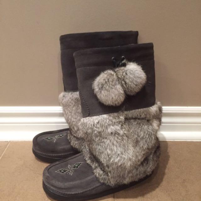 Manitobah mukluks grey Waterproof winter boots