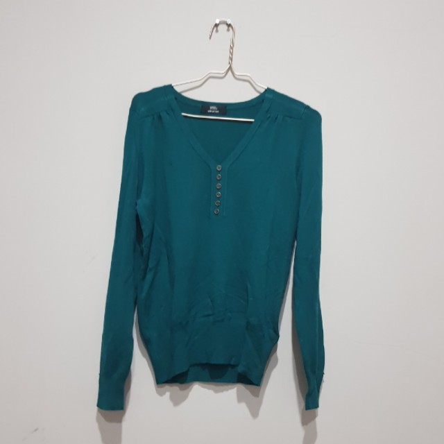M&S green sweater