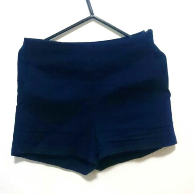 Navy shorts size 8-10