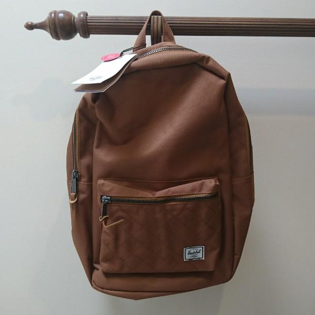 BNWT Herschel settlement backpack caramel