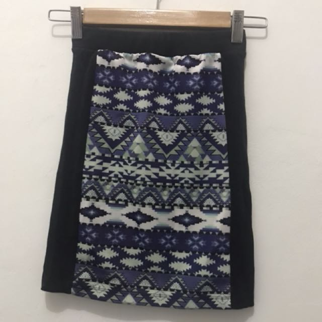 Penshoppe pencil skirt