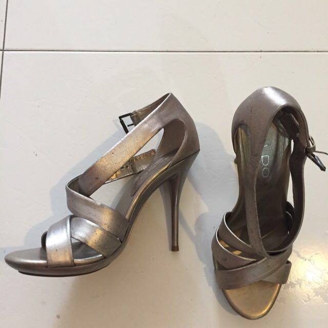 PhP 150 shoes
