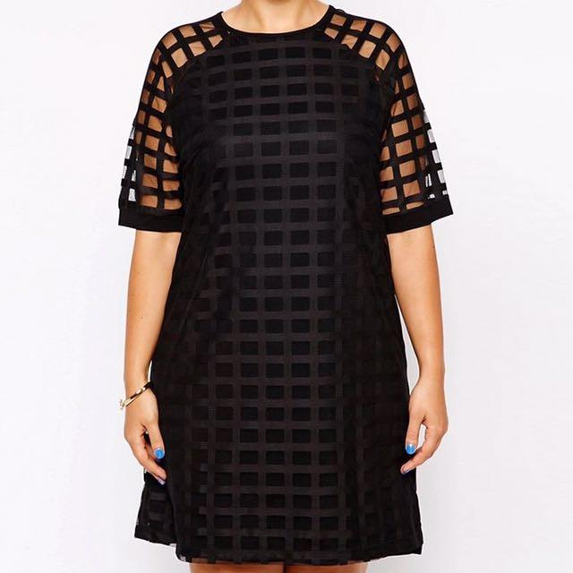 Plus Size Checkered Pattern O Neck Sheer Mesh Shirt Dress