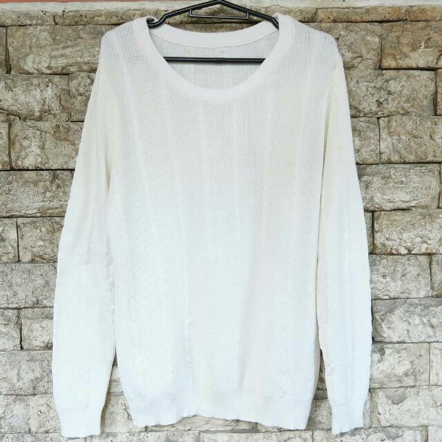 Preloved White Sweater