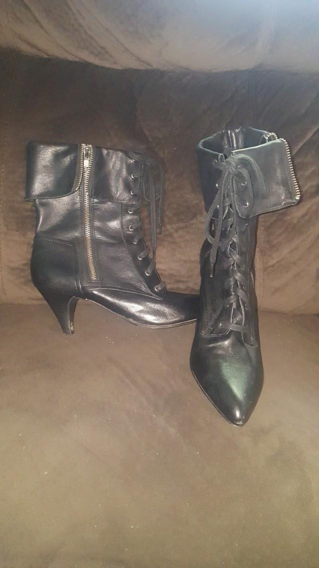 Pulp Noir heels