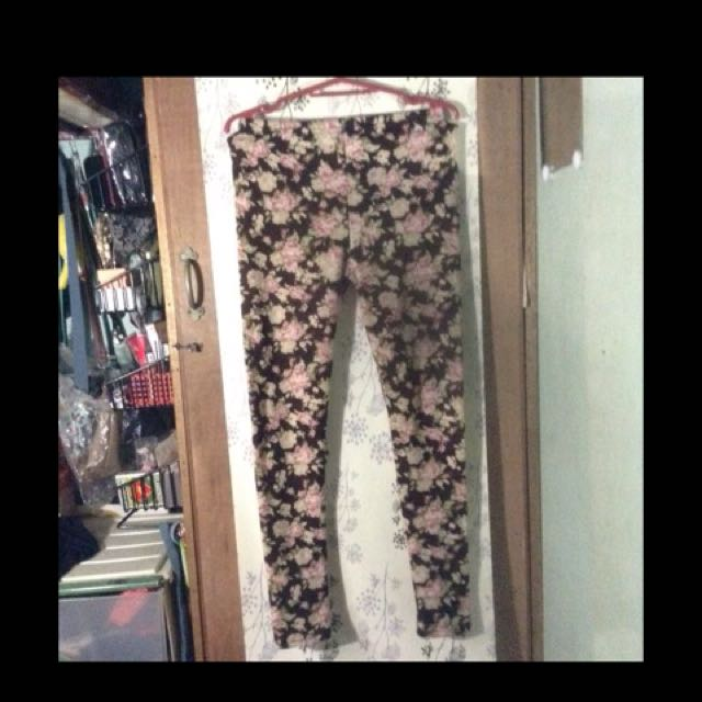 Riot Floral Leggings
