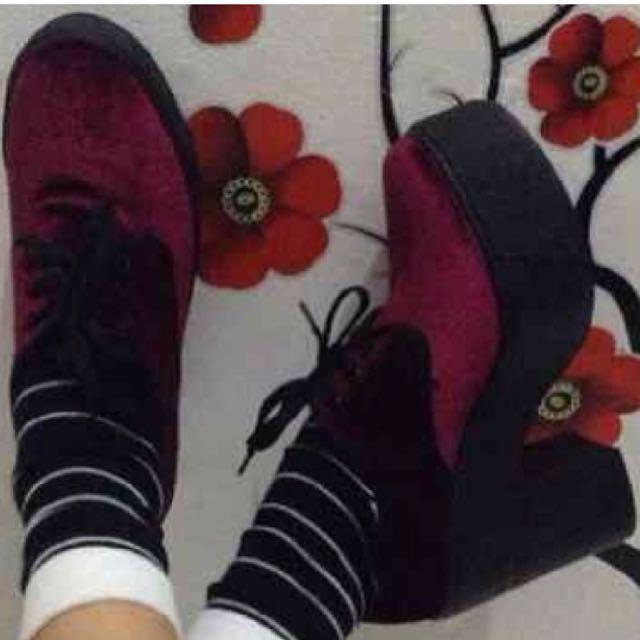 Sepatu platform Asos