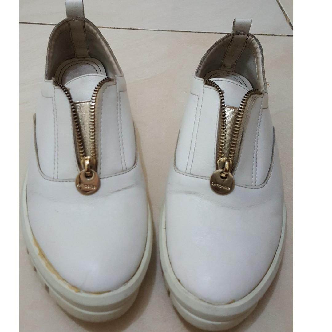 Sneakers - Symbolize - Size 37