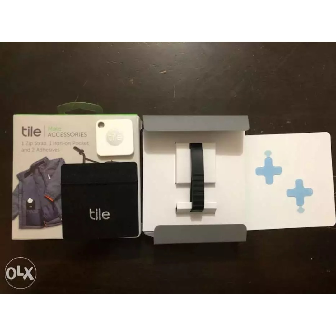 Tile Bluetooth Tracker with Accessories