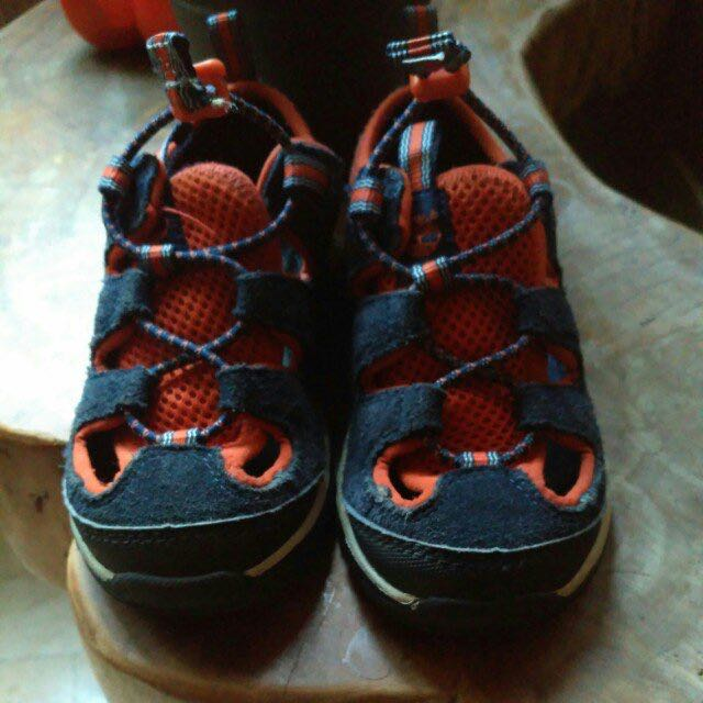 TIMBERLAND sandals, 10c