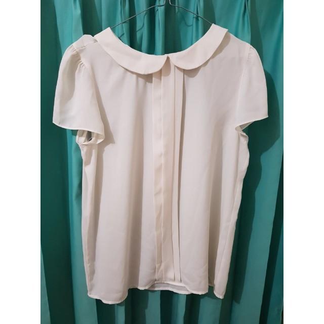 White Blouse Peterpan Collar