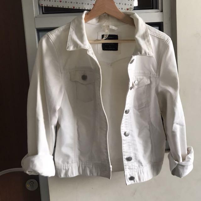 White jacket cotton on