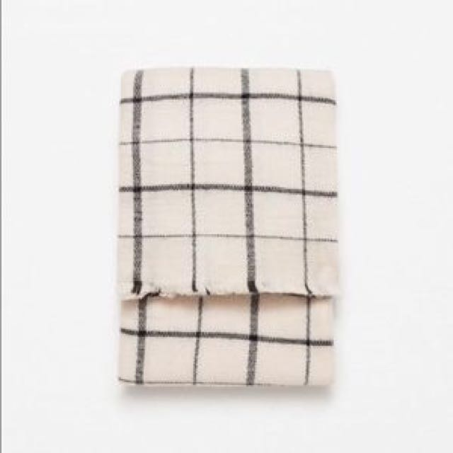 Zara Blanket Scarf - Check Plaid