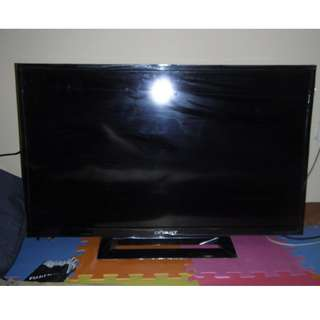 "Devant 32"" LED TV - 32DL420"