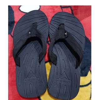 Sandal gunung eiger no 37