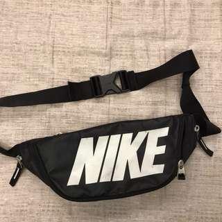 Nike 腰包