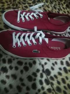 Its used but almost brand new. Lacoste shoes red. Fot to size 7 and 8. No issues. Very good condition