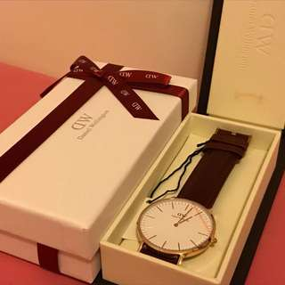 DW Daniel Wellington 40mm 啡色皮帶
