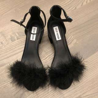Steve Madden black block heels with feather.