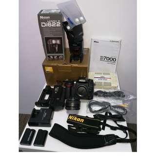 D7000 Body + Nikon AF 50mm 1.8 + Nissin Di622 Mark II Flash