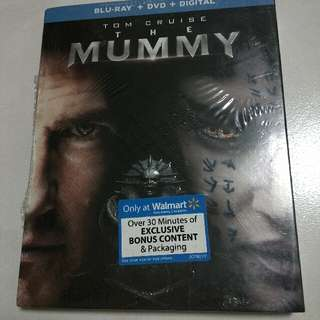 The Mummy Bluray/DVD/Digital With Slipcover Walmart Exclusive