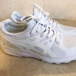Women's white asic