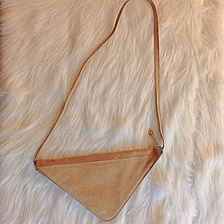💛Vintage Suede triangle bag