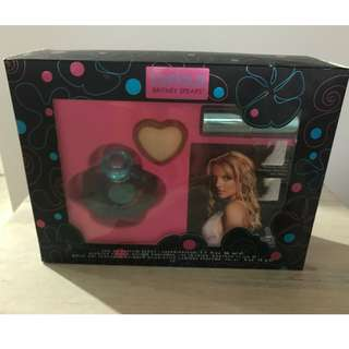 Curious BRITNEY SPEARS perfume / candle / shimmer stick / cd pack