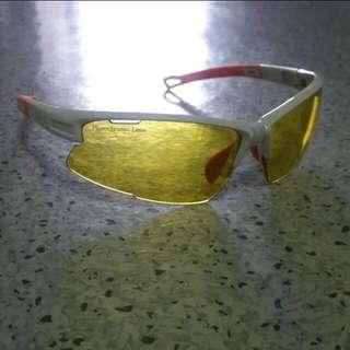 SWORKE Night cycling glasses