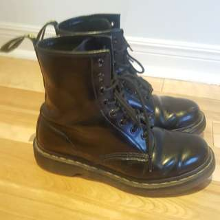 DOC MARTENS/ Dr. Martens - Black Casual Boot