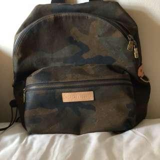 Louis Vuitton x supreme Apollo bag pack (authentic)