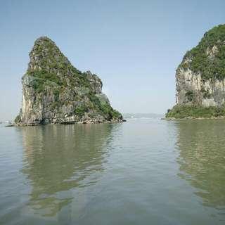 5Days Hanoi/Halong Bay SQ Dep 17/5