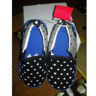 JAPAN SHOES FOR KIDS(For 6 Years Old)