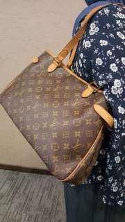 Authentic Louis Vuitton Monogram Batigolles Horizontal