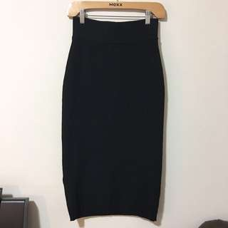 Aritzia Wilfred Free L Knit Midi Black Skirt