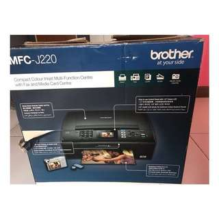 Brother MFC-J220