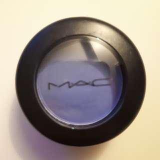 Brand New MAC Haunting Eyeshadow