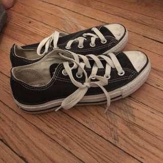 Black converse size 6.5