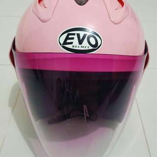 Evo helmet with pink visor