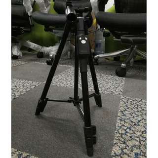 Light Weight camera tripod