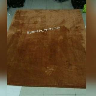 Karpet Bulu Rafsur uk. 200 x 150 x 6cm bahan anti slip