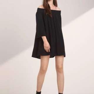 Aritzia Curzon dress size S