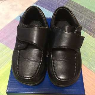 Tough Kids Black Shoes Toddler size 26