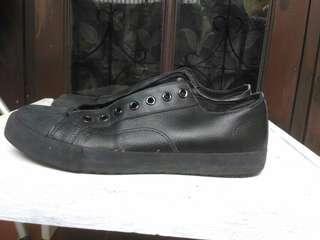 Jual Sepatu SafeStep ORI Uk 43 2nd (Beli dari Payless)