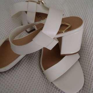 White heels women's 8