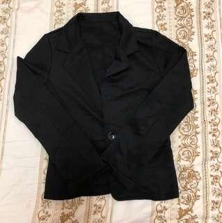 黑色西裝外套