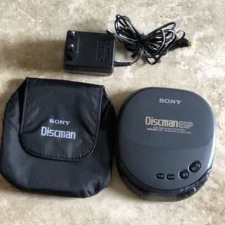 Old not working Sony Discman in good physical condition