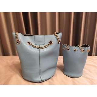 🚚 全新,水藍圓筒子母側背包