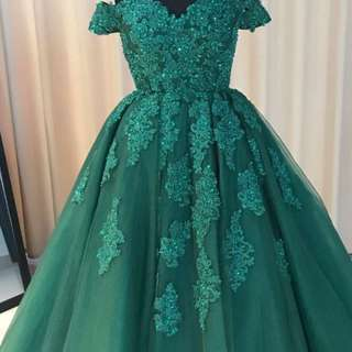 Gorgeous dress can be used for prom/wedding/ or any other event