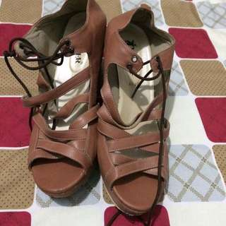 wedges size 39-40
